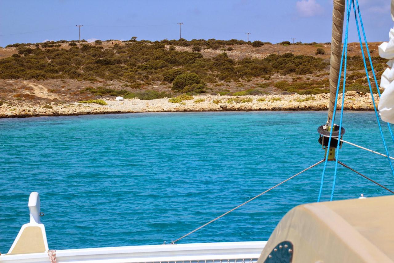Cyclades-Catamaran-Paros-01