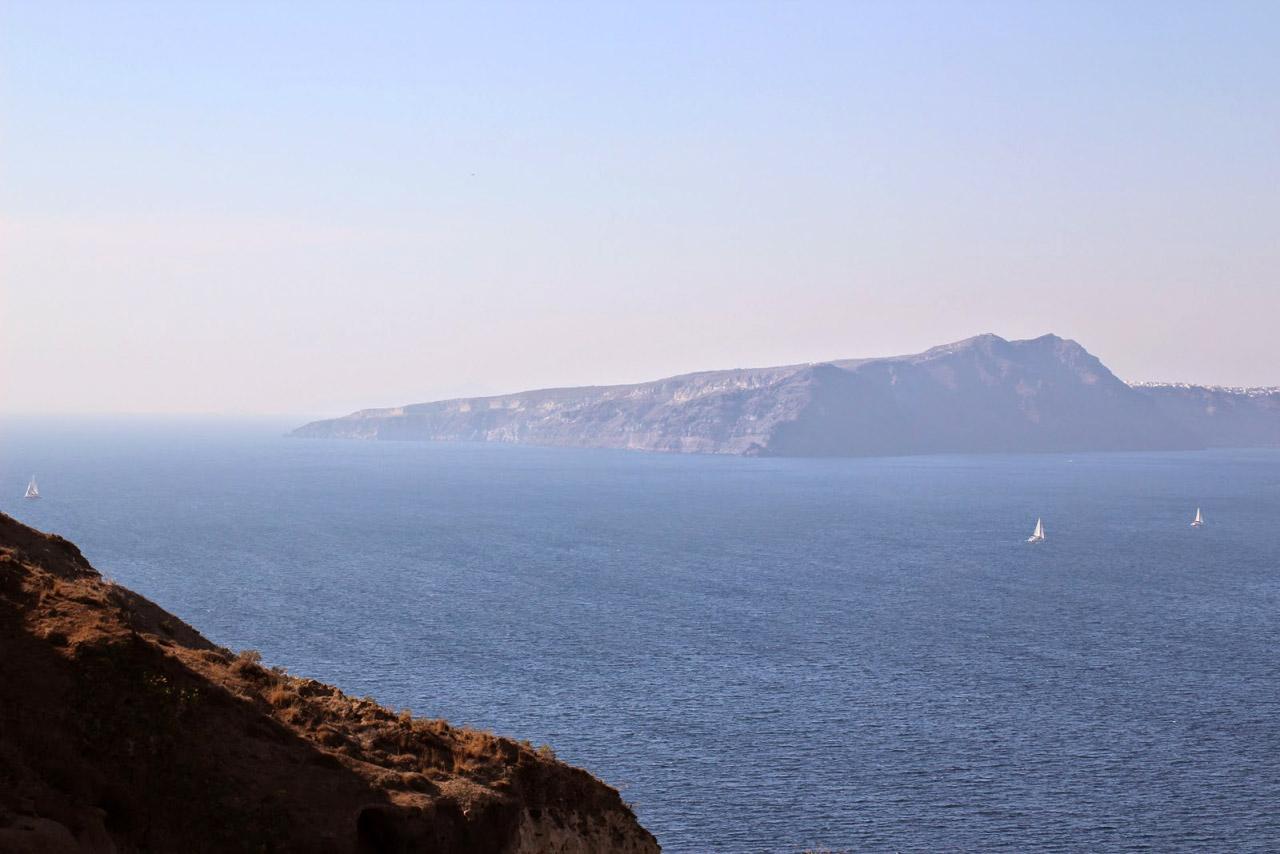 Cyclades-Catamaran-Santorin-10