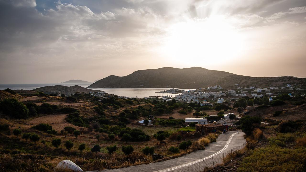 Lipsi, vue soleil couchant sur le village de Lipsi