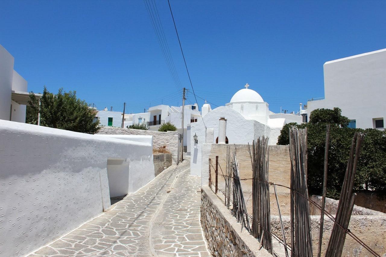 Marpissa petit village construit sur les pentes de la colline Kefalo à Paros