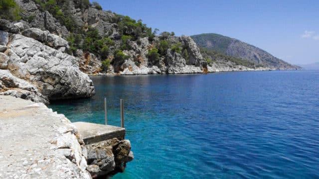 Les îles Saroniques - La côte d'Agistri