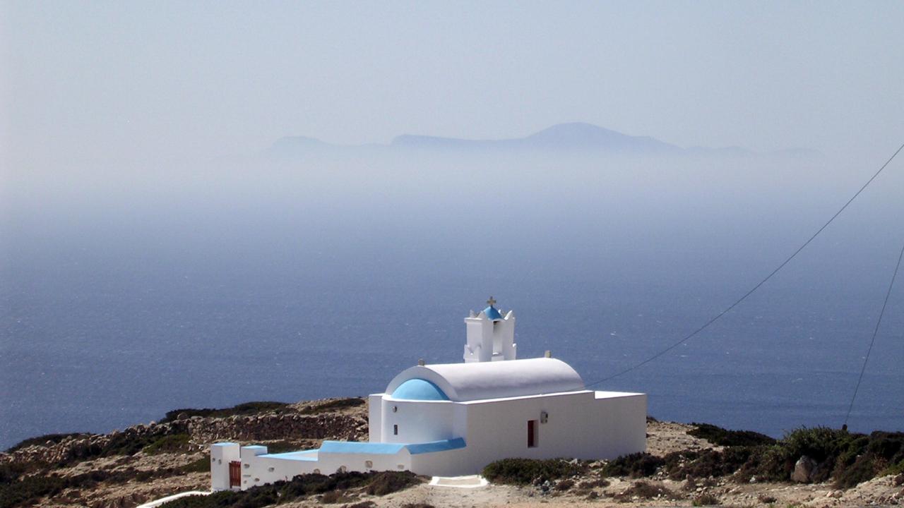 Chapelle Panaghia au dessus du port - Donoussia, Cyclades, Grèce
