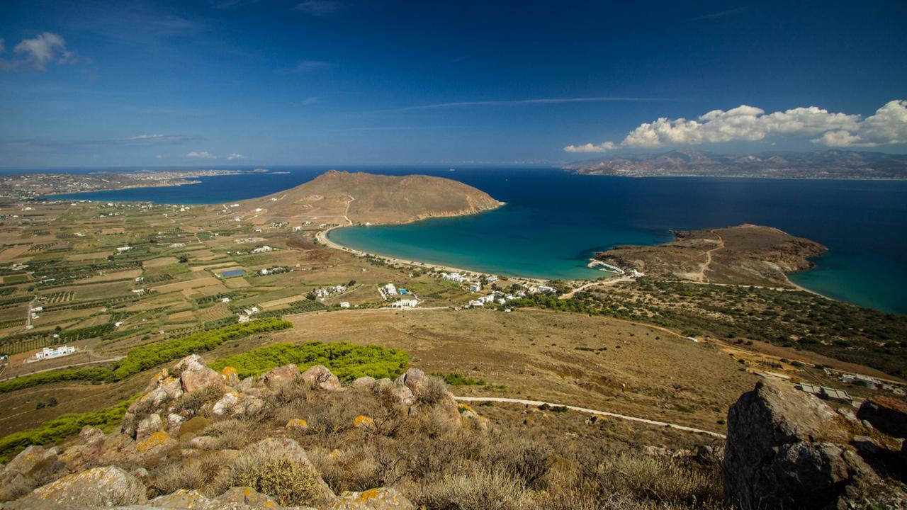 Paros, Cyclades, Grèce : panorama depuis le monastère d'Agios Antonios