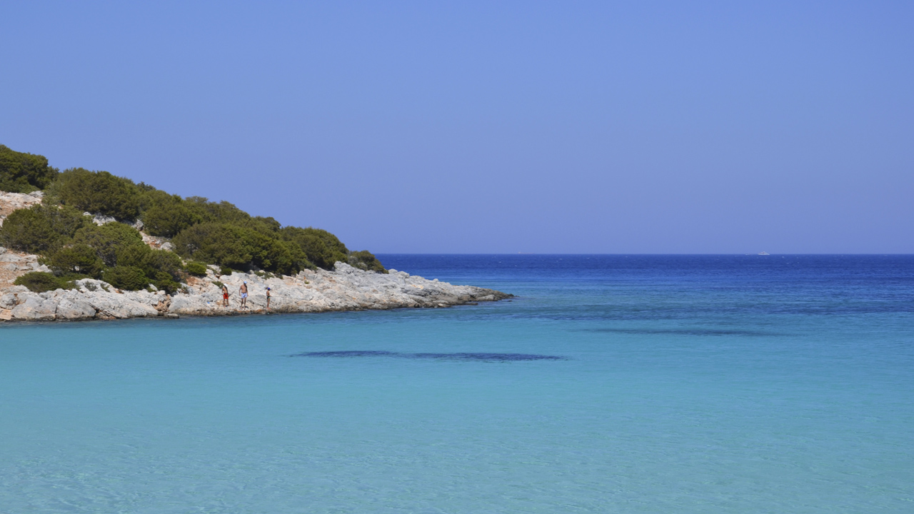 Lipsi, Grèce - Des plages avec des eaux bleu turquoise comme un lagon